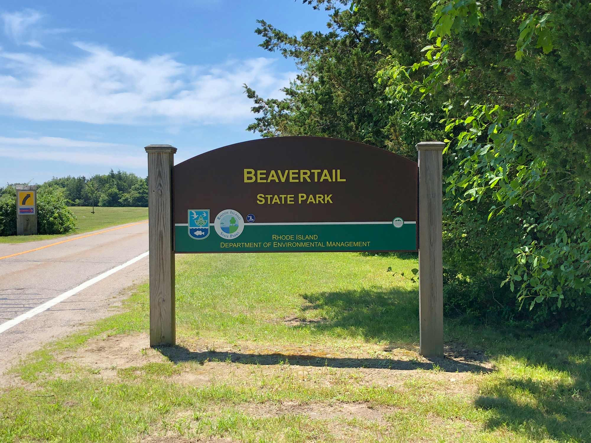 Beavertail State Park and Lighthouse: A Must-See for Rhode Island Vacationgoers